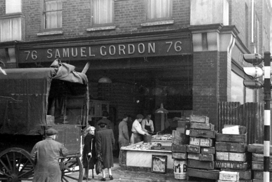 The Fishmonger's at Marchmont street in 1948